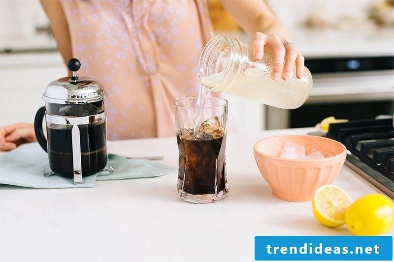 Make coffee lemonade yourself - preparation