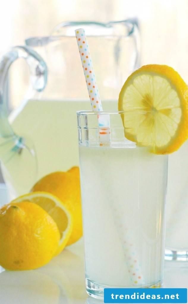 How can I make lemonade myself?