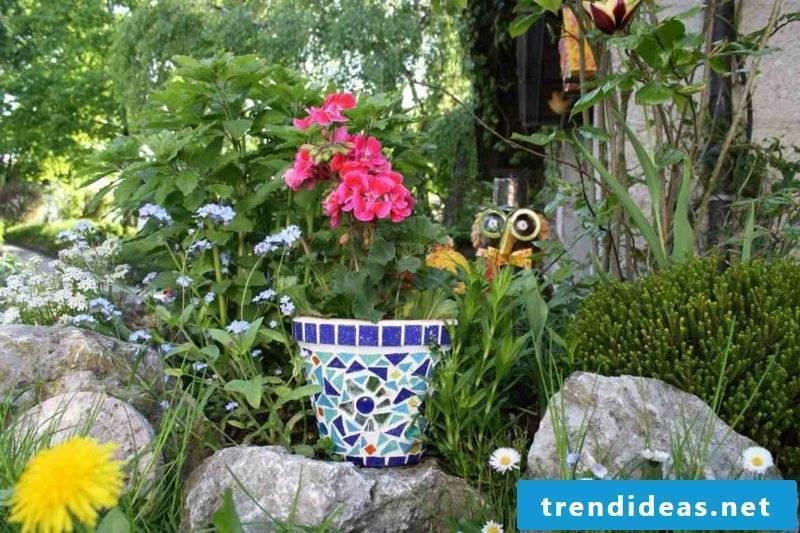 Flowerpot original mosaic decoration