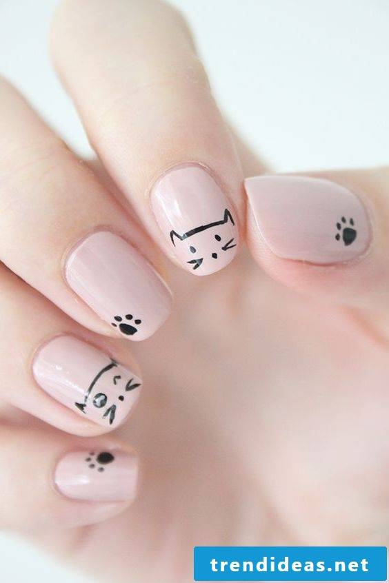 Fingernails with cats, made easy at home