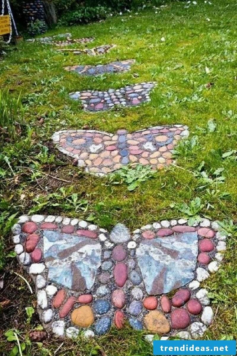 Fancy garden decoration itself make garden paths