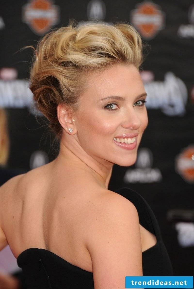 Updos easy and fast Scarlett Johansson