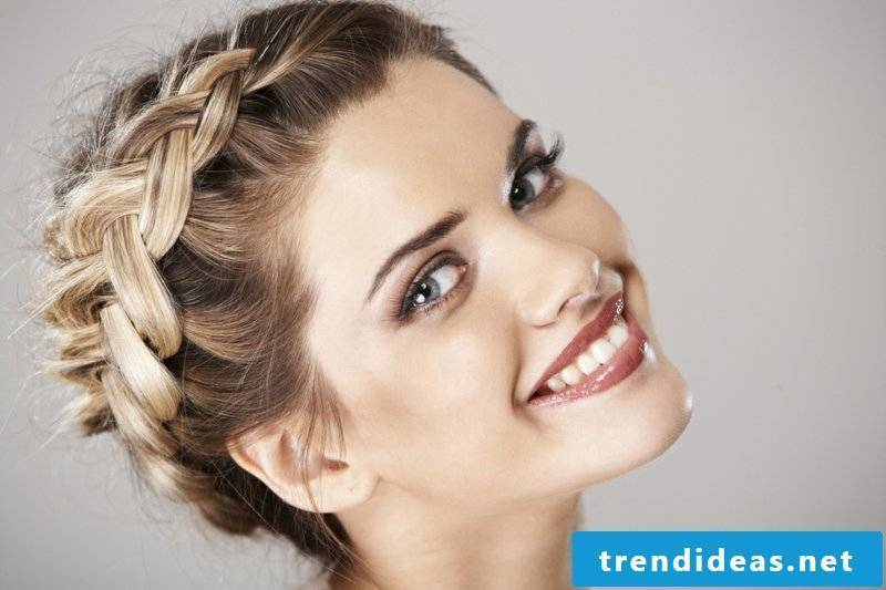 Updos make creative ideas
