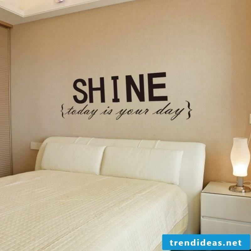Make wall tattoo yourself: saying for bedroom