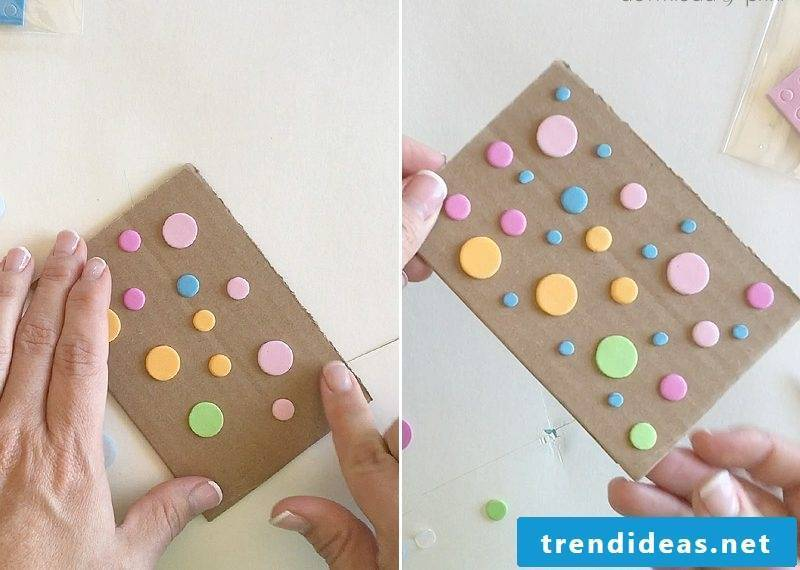 Make an envelope and wedding card: dotted pattern