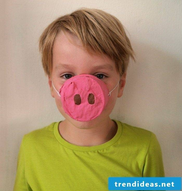 funny animal masks tinker like a pig