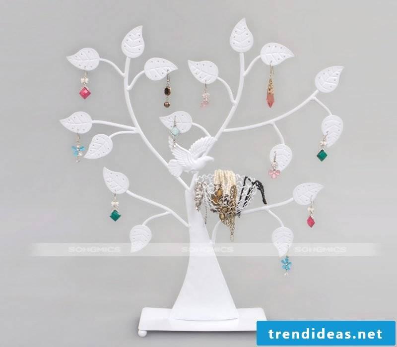 White jewelery tree