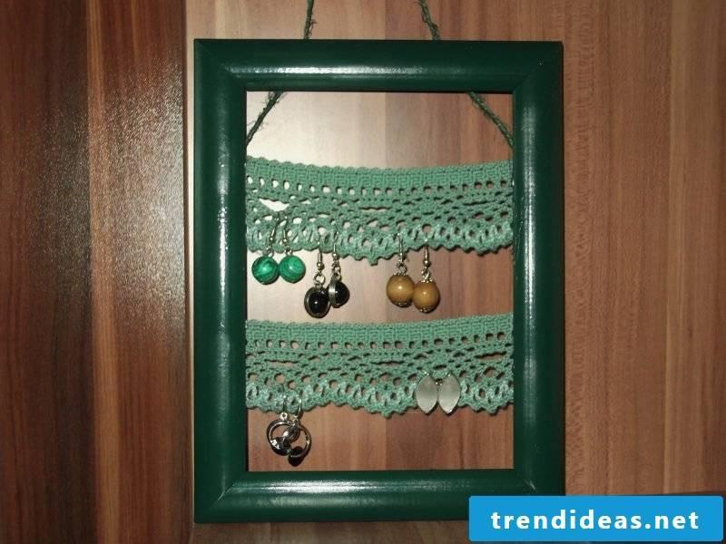 Jewelry stand craft ideas