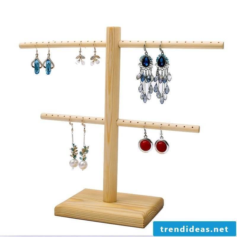 Make jewelry stand yourself