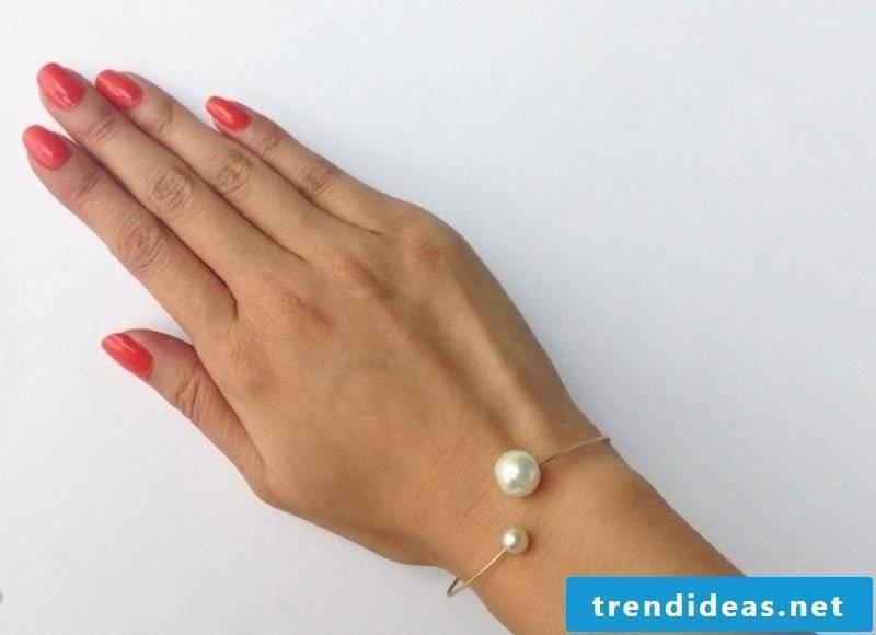 DIY jewelry bead bracelet