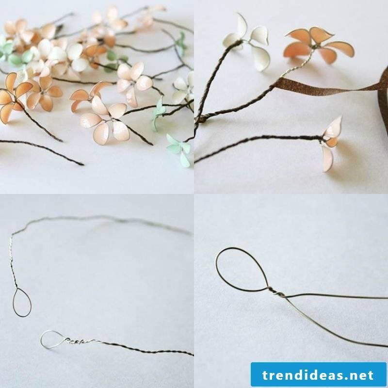 Jewelry tinker bracelet with flowers