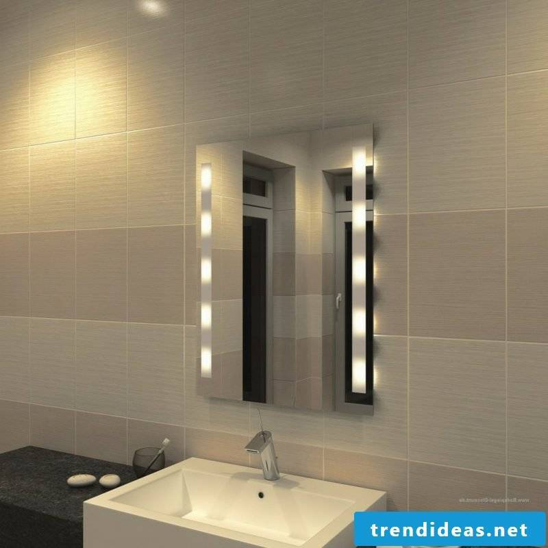 Bathroom mirror with integrated lighting