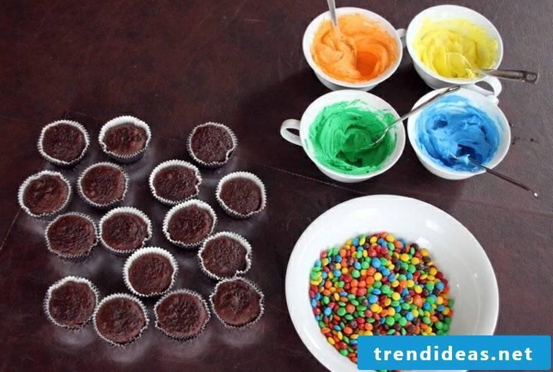 Child birthday muffins bake