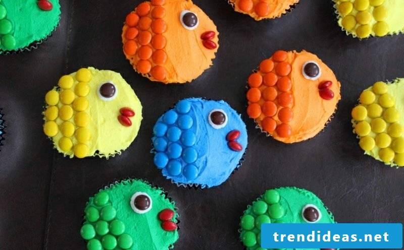 Muffins for the kid's birthday decorated as fish