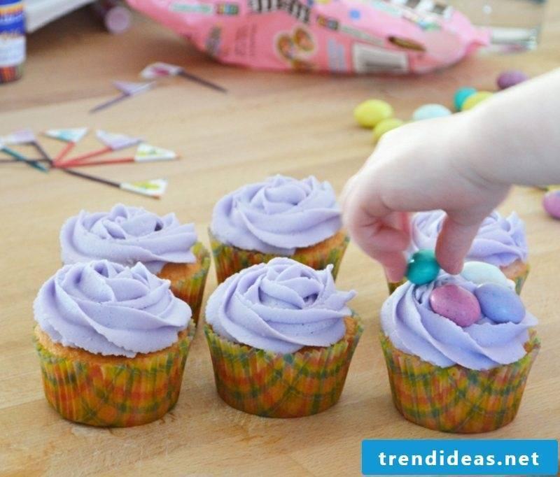 Child birthday decorate muffins