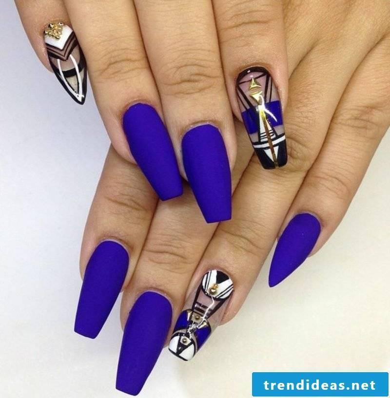 original nail design in deep blue