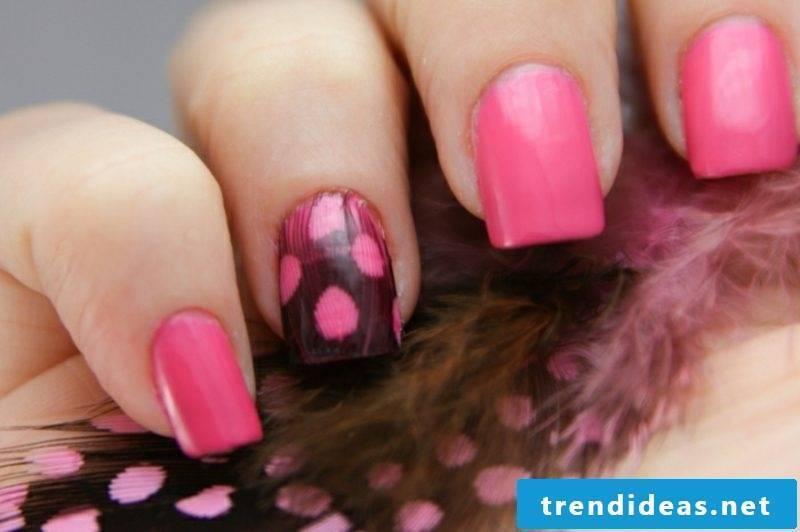 Fingernails animal pattern
