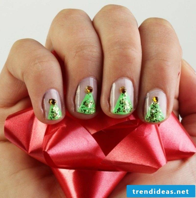 Nail art gallery Christmas fir-tree