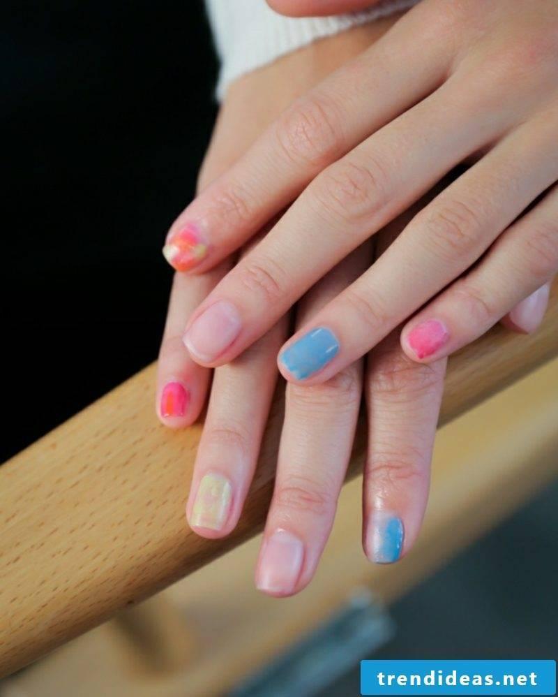 Nail art design spring pastel shades