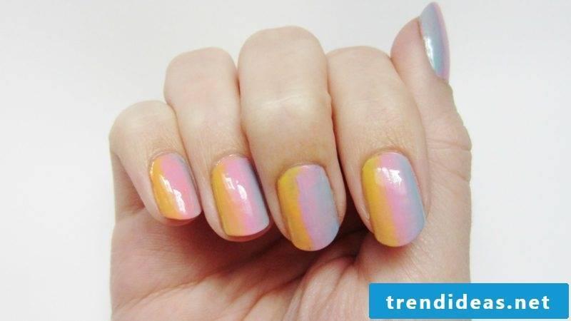 Ombre fingernails