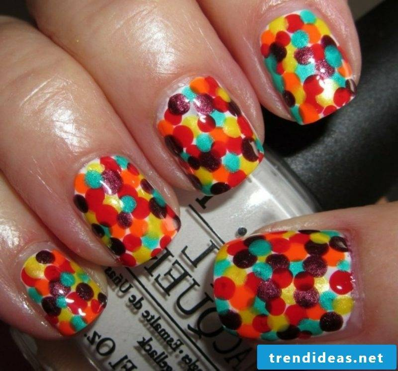 Nail art design in spring colored dots