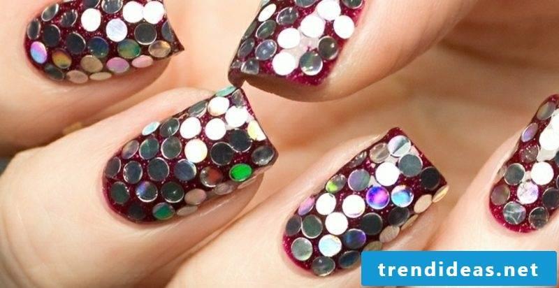 extravagant nail design glitter