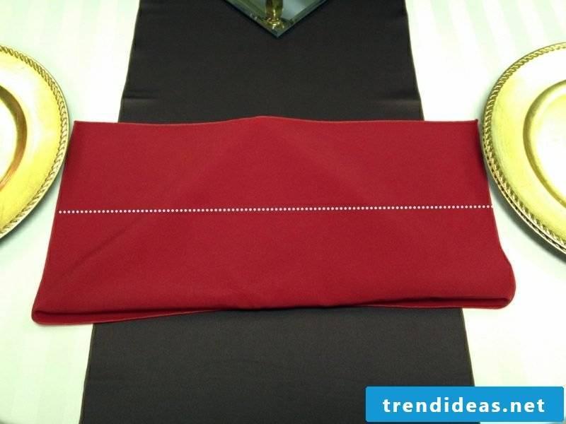 Fold napkins for Christmas on the back