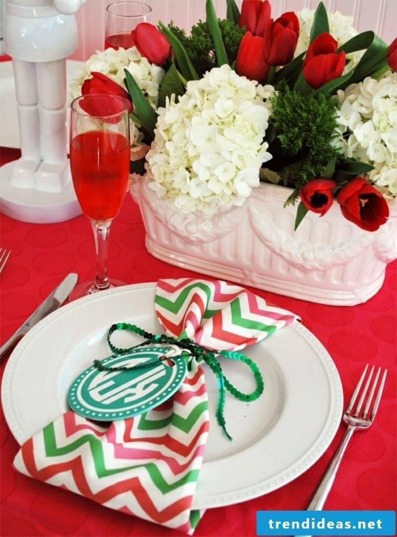 Napkins for Christmas make homemade napkin rings