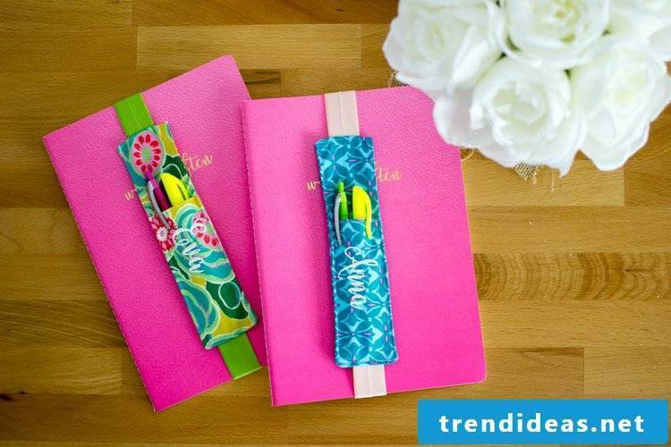 Make a pen holder and bookmark - easy to use instructions with a stunning result