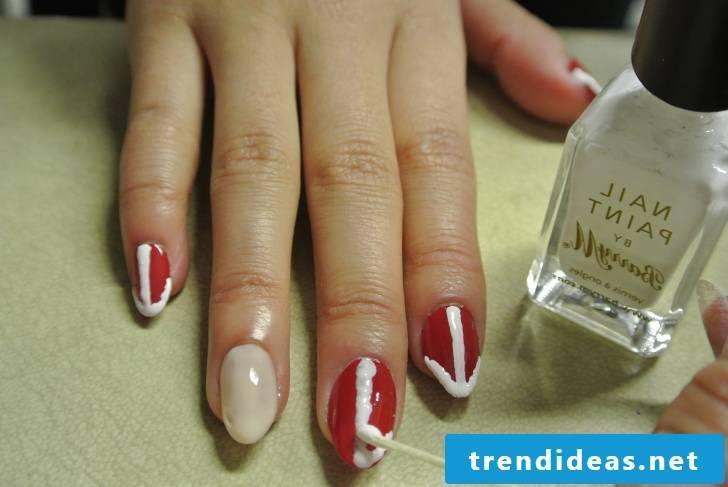 Beautiful gel nails instructions step 4