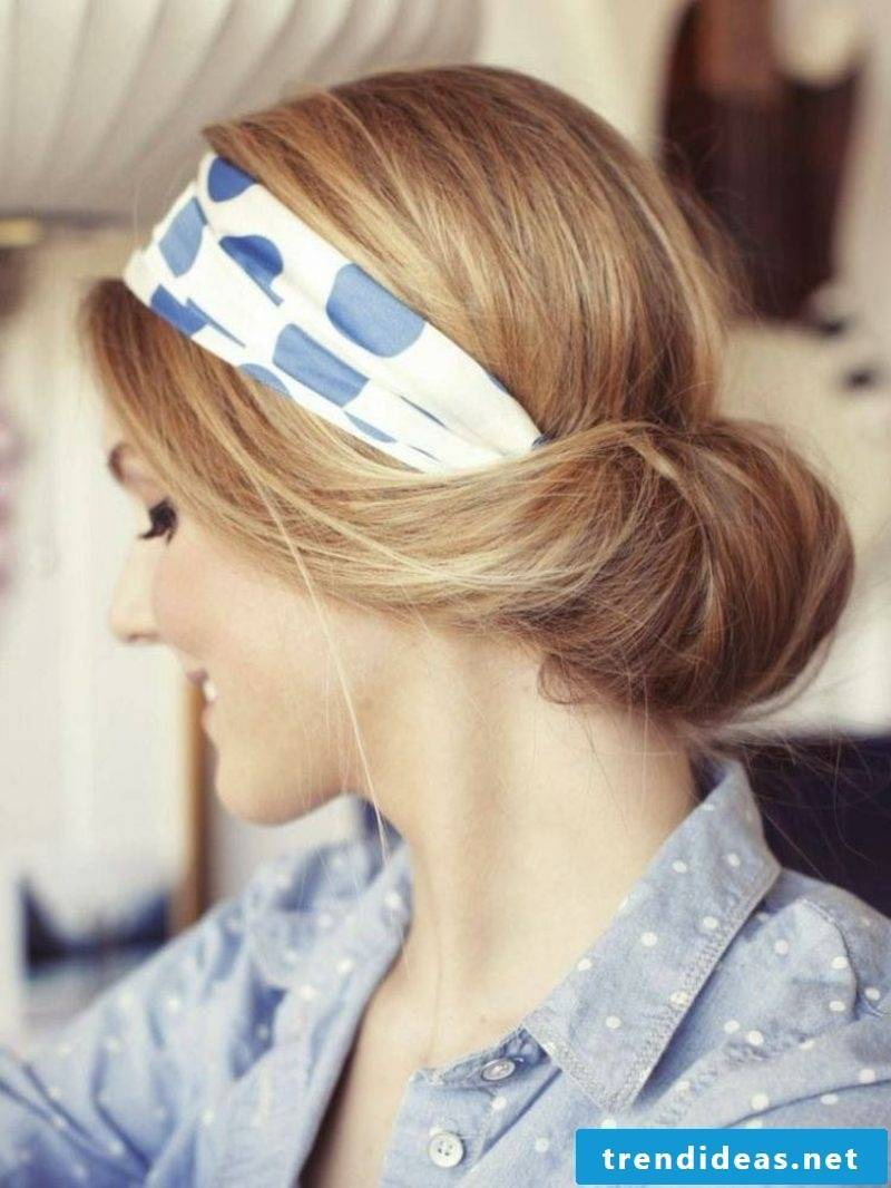 Hairstyles with hairband for the Oktoberfest
