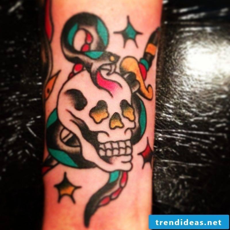 Old School Tatttoo Skull