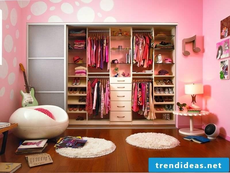DIY walk-in wardrobe yourself build kids room set up pink