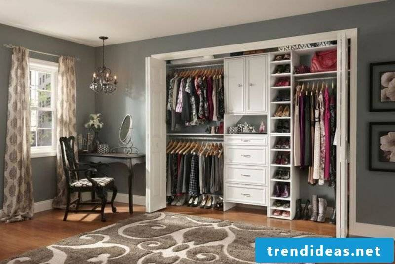 Walk-in closet drawers clothes rack shoe rack