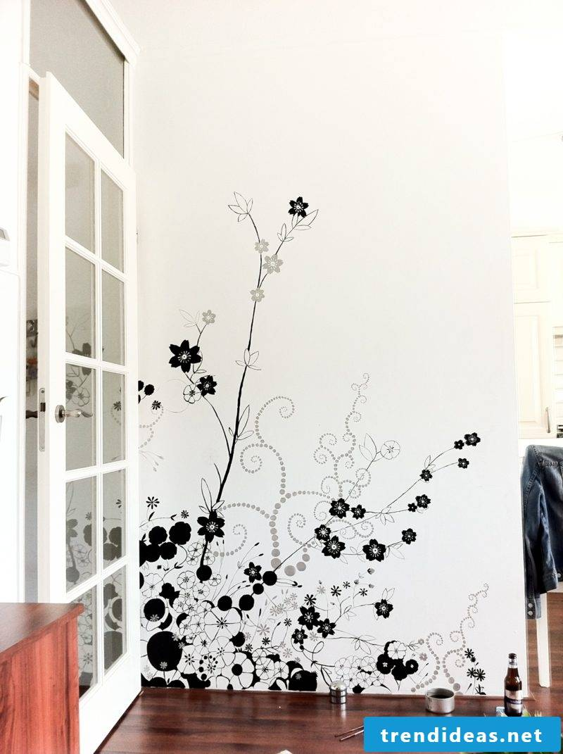 Flowers wall painting