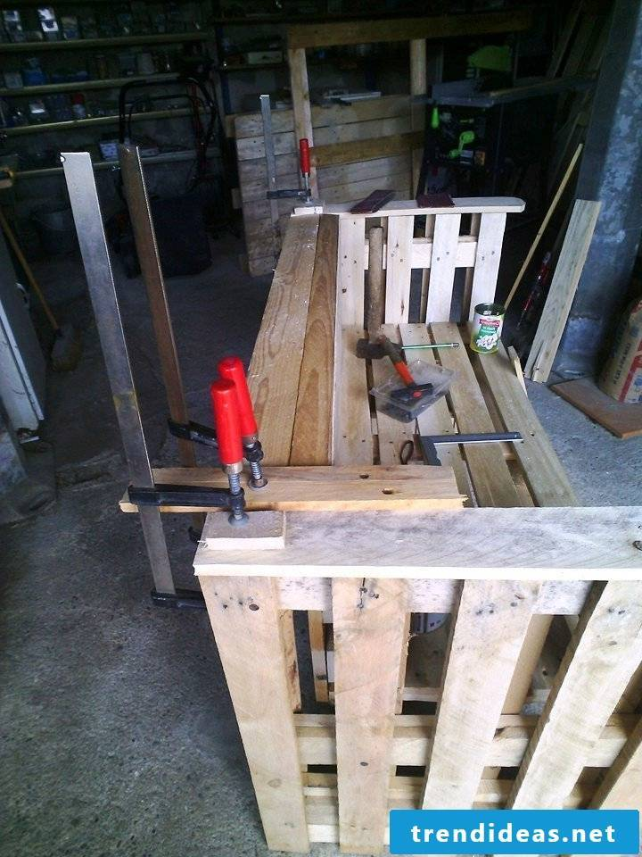 pallet furniture bank of pallets build your own step 7