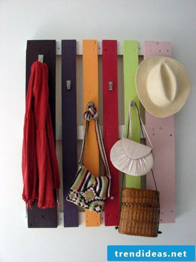 rack made of pallets to build yourself craft ideas pallet furniture