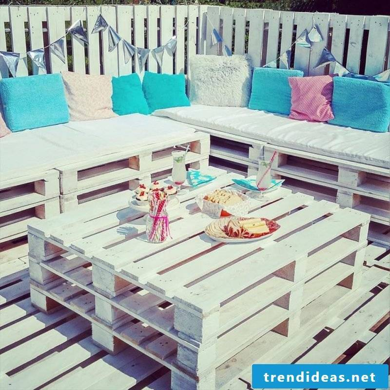 pallet furniture white table pallet sofa couch pallet