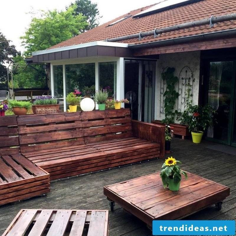 garden furniture made of pallets itself build table made of pallets couch made of pallets pallet furniture