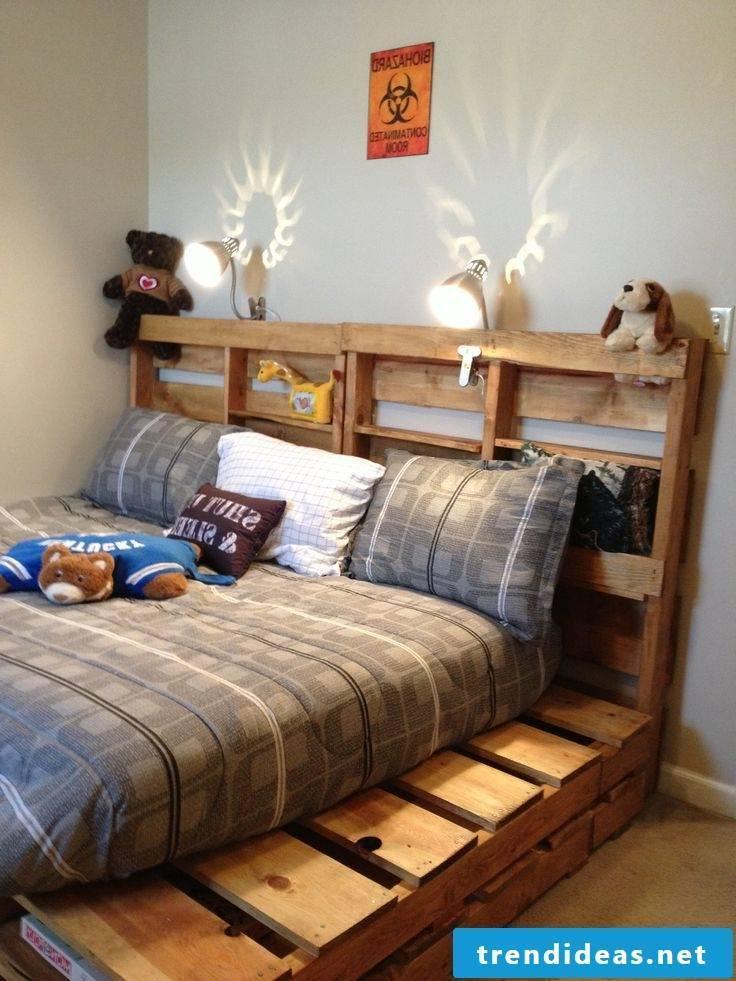 Diy bed made of pallet pallet furniture