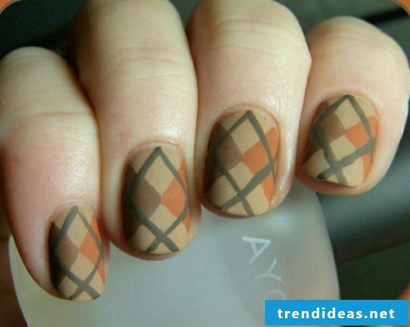 Nail pattern geometric motifs creative ideas autumn