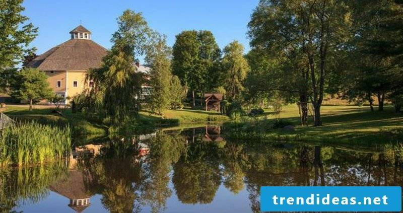 romantic-ideas-A weekend getaway by a lake 7