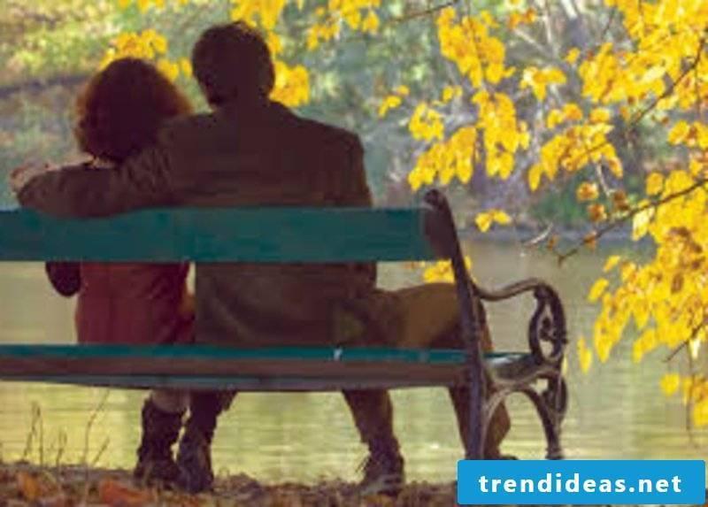 romantic-ideas-A weekend getaway by a lake 8
