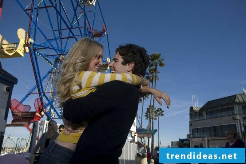 romantic ideas Go to an amusement park 2