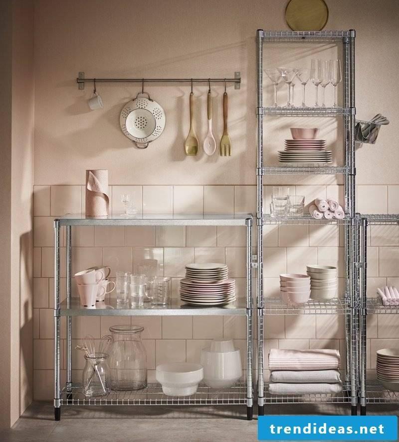 1 room apartment set up - organize storage space