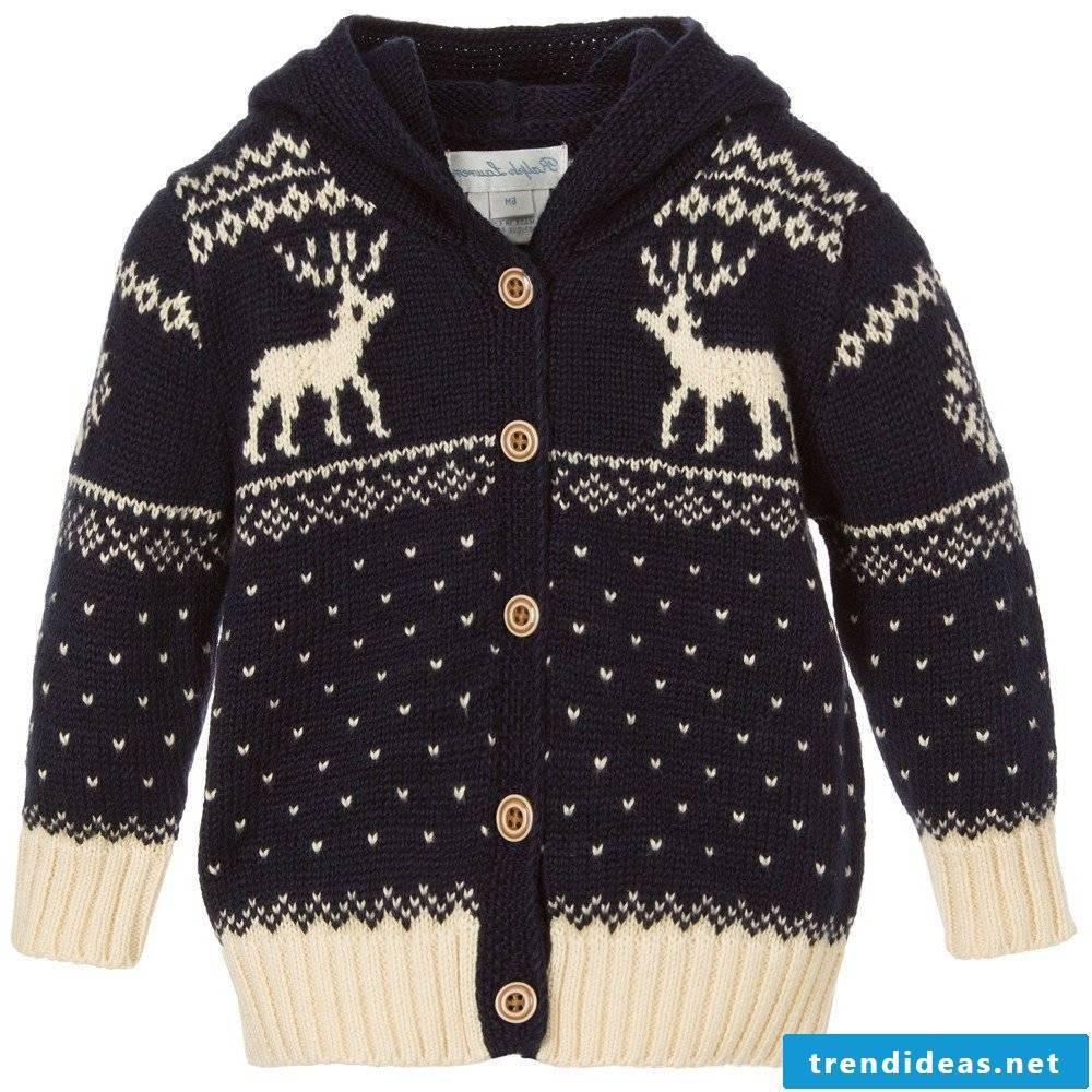 Scandinavian motifs moose