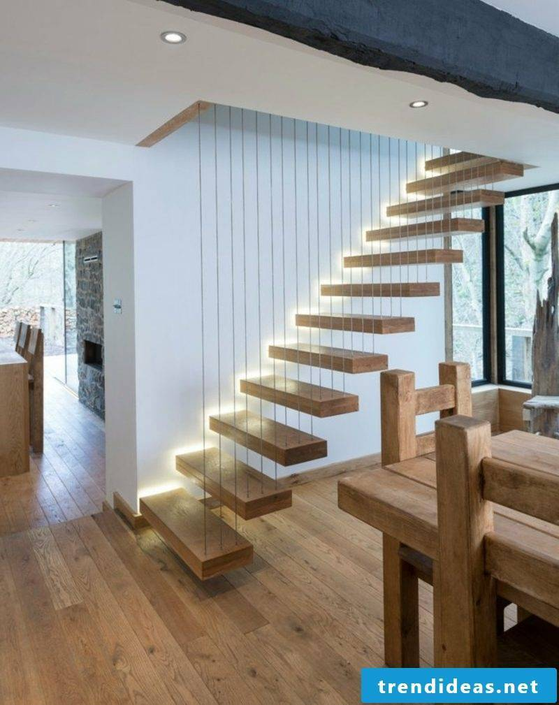 self-supporting staircase with integrated lighting