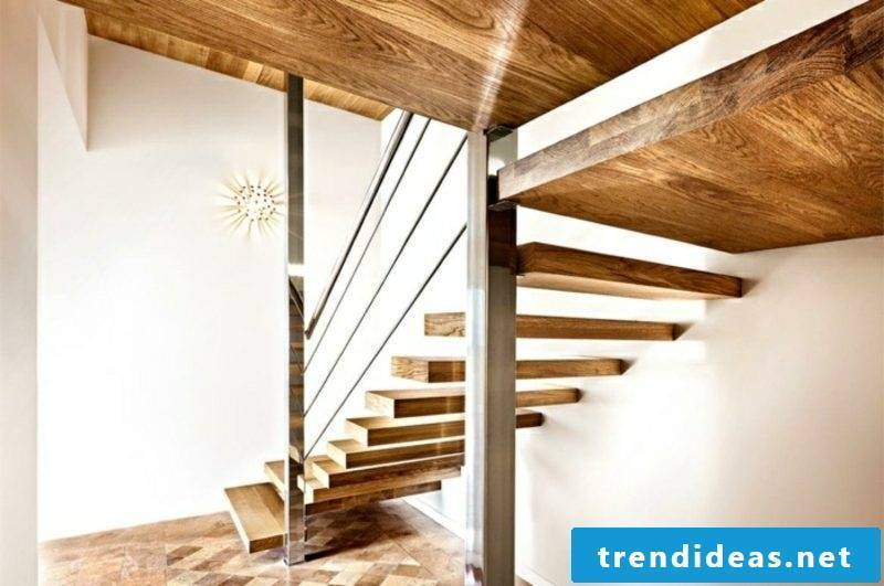 free-hanging staircase oak wood