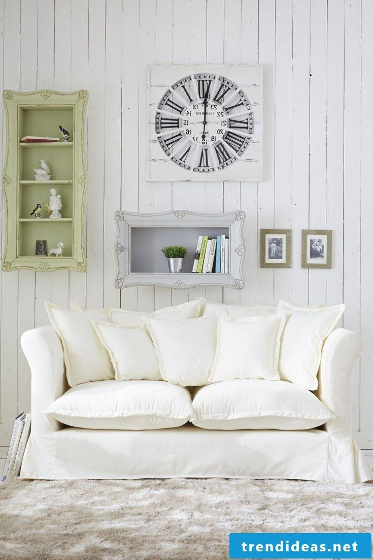 Decorating the sofa with pillows
