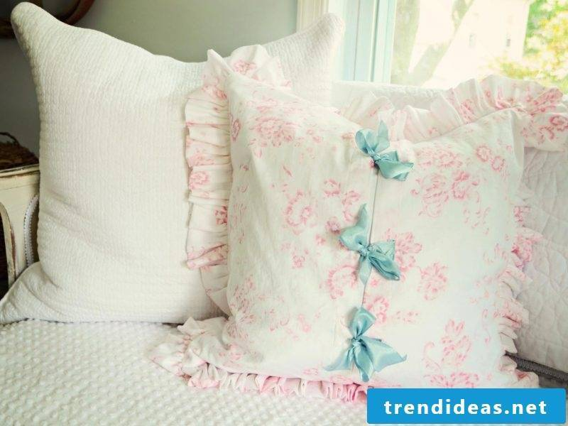 Deco Ideas for DIY Pillowcases!